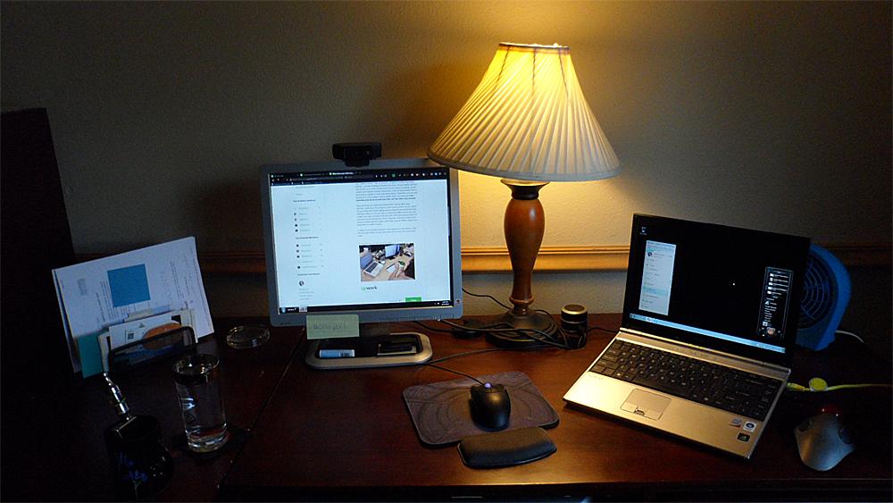 desk-6-2015.jpg