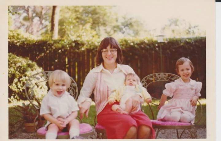 Easter 1977.jpg